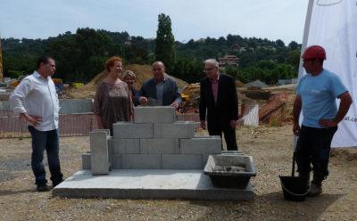 Pose de la première pierre de la résidence Loderi à Bormes-les-Mimosas