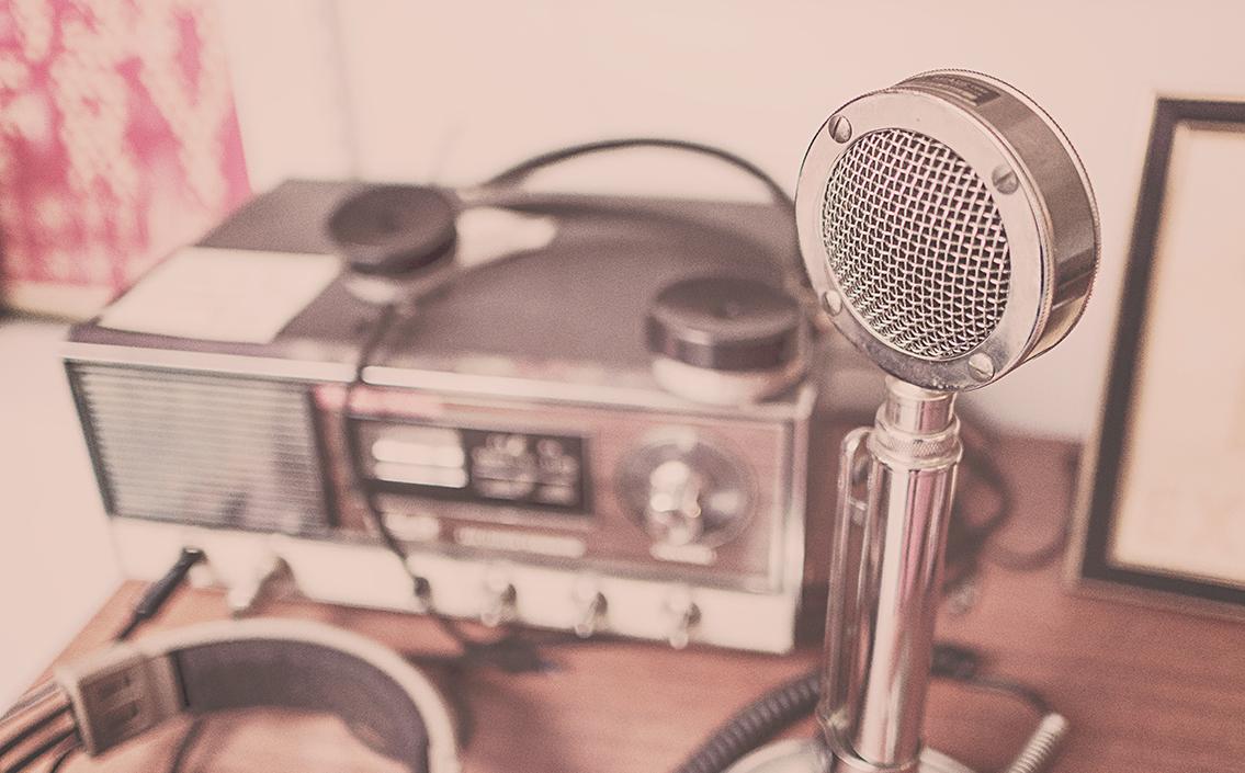 Lancement d'un spot radio décalé par Happy Senior.