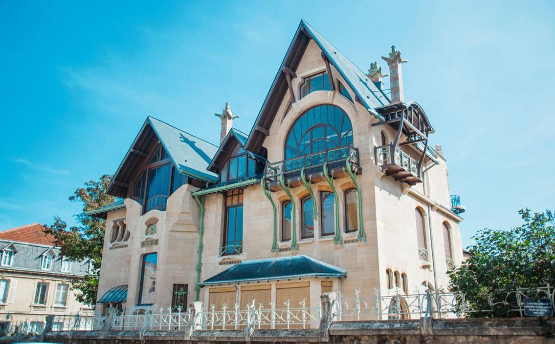 Contribution à la rénovation intérieure de la Villa Majorelle de Nancy.